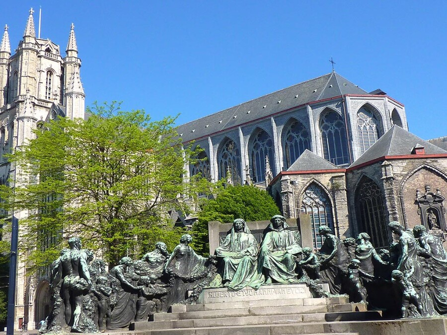 Saint-Bavo-Cathedral-Ghent.jpg
