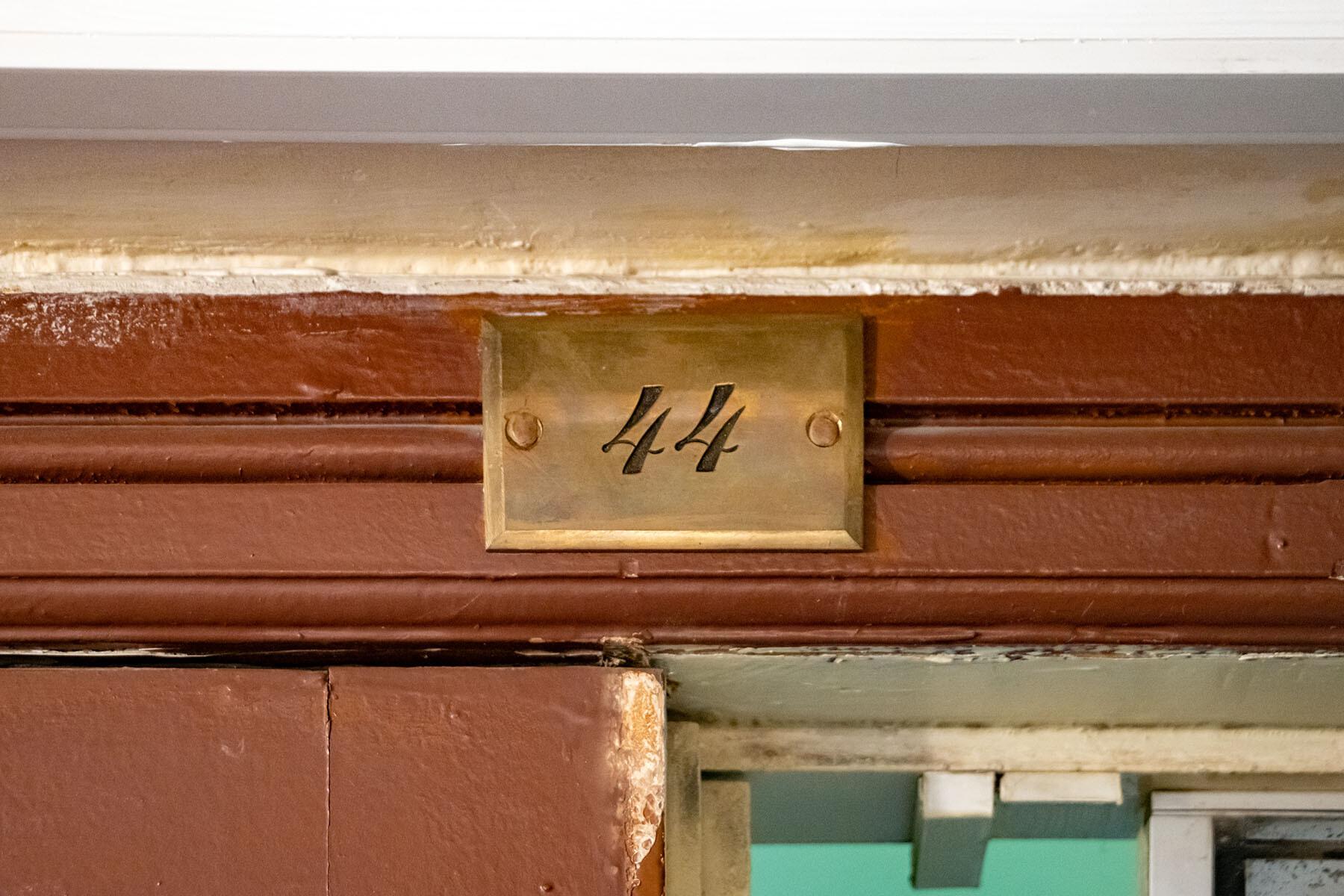 Лестница и прихожая в музее Анны Ахматовой в Фонтанном доме Петербурга IMG_1834-0.jpg