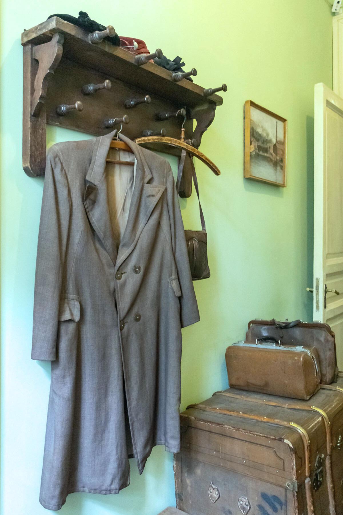 Лестница и прихожая в музее Анны Ахматовой в Фонтанном доме Петербурга IMG_1836-0.jpg